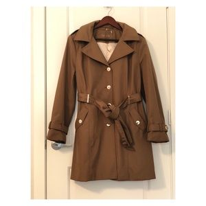 🥦Calvin Klein Trench Coat  🚌